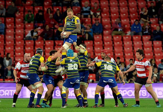 Rugby Union - European Challenge Cup Final - Cardiff Blues v Gloucester Rugby - San Mames, Bilbao, Spain - May 11, 2018 Cardiff Blues' Damian Welch wins the lineout REUTERS/Vincent West
