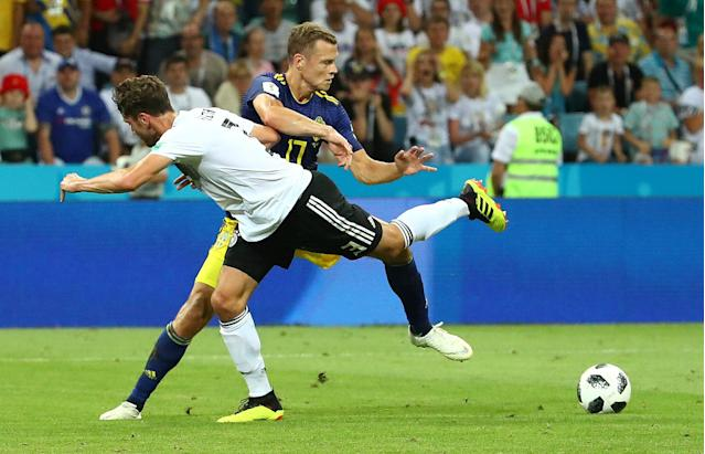 Soccer Football - World Cup - Group F - Germany vs Sweden - Fisht Stadium, Sochi, Russia - June 23, 2018 Sweden's Viktor Claesson in action with Germany's Jonas Hector REUTERS/Michael Dalder