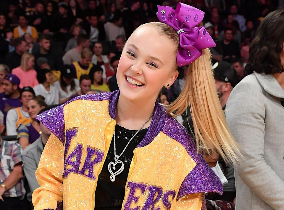 JoJo Siwa at aLos Angeles Lakers Game in February 2020. (Photo: Allen Berezovsky via Getty Images)