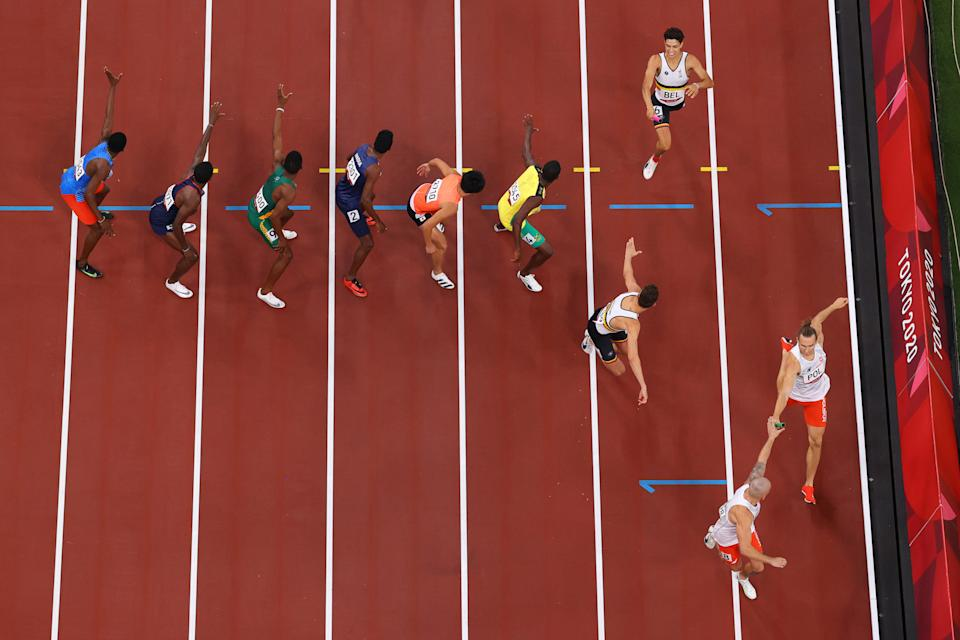 <p>A general view of the Baton exchange during the Men's 4 x 400m Relay heats on day fourteen of the Tokyo 2020 Olympic Games at Olympic Stadium on August 06, 2021 in Tokyo, Japan. (Photo by Richard Heathcote/Getty Images)</p>