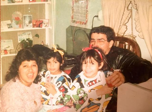 Jessica Hoppe and sister Karla as young children wearing matching Mickey Mouse outfits with their mother and father. (Photo: Courtesy of Jessica Hoppe)