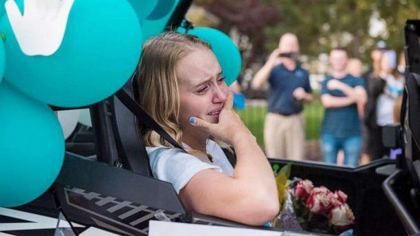 PHOTO: Sarah Frei, 17, of Syracuse, Utah, was welcomed home with a parade after undergoing 20 surgeries, including a double leg amputation, following a drunk driving crash. (The Frei Family)