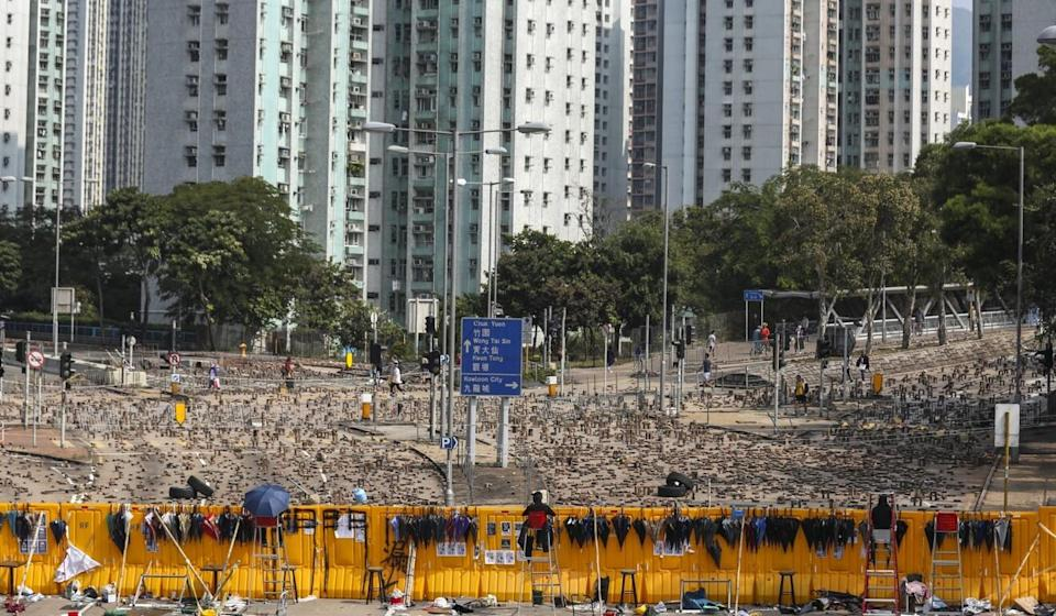 Protesters set up roadblocks outside Baptist University in 2019. Student unions in Hong Kong's universities were widely tied to the protest movement that year. Photo: Xiaomei Chen