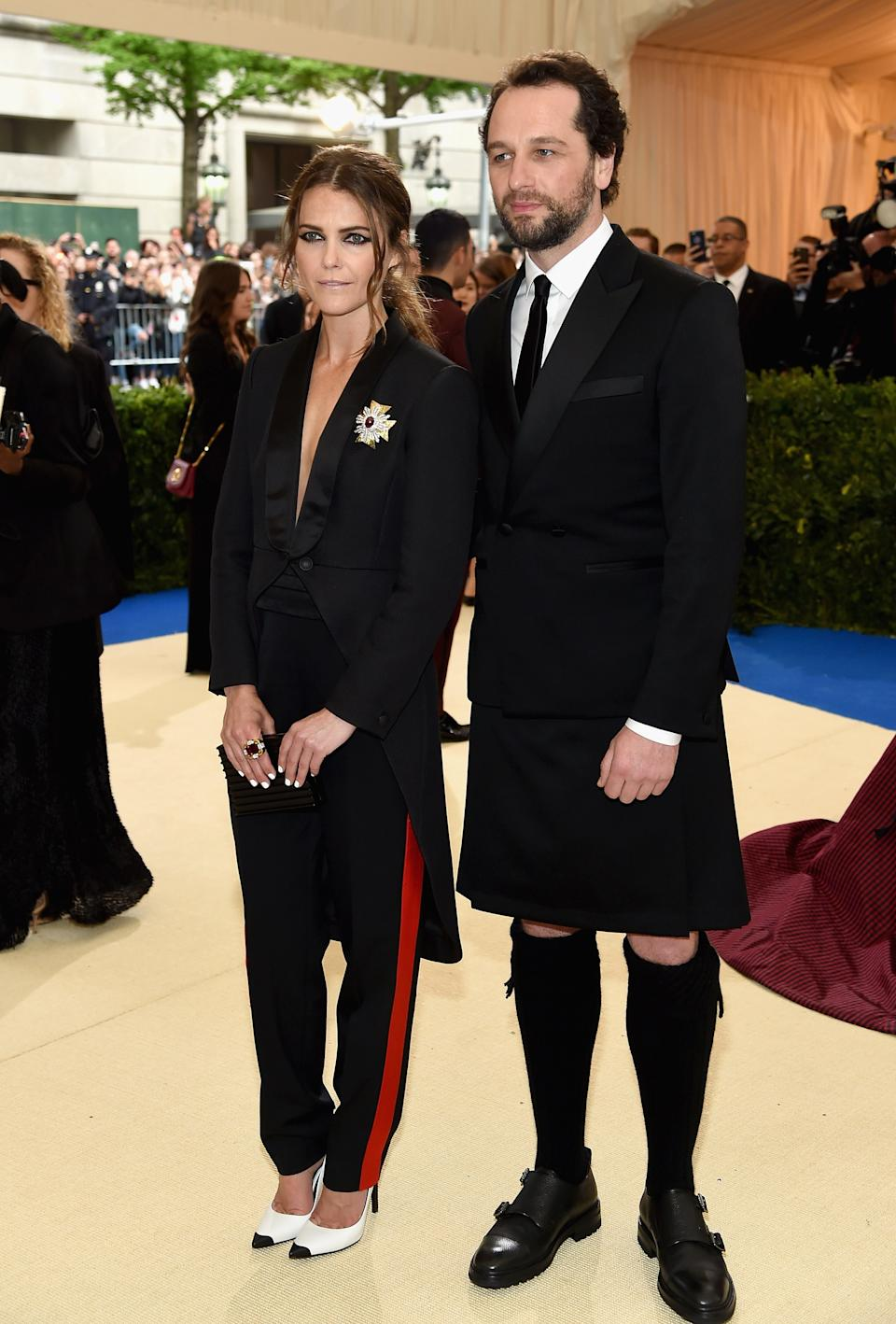 """<h1 class=""""title"""">Keri Russell in Rag & Bone and David Webb jewelry and Matthew Rhys</h1><cite class=""""credit"""">Photo: Getty Images</cite>"""