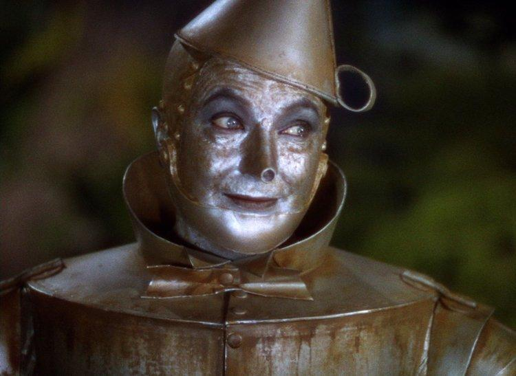 <p>Script concerns and personal issues are all well and good, but there's no better excuse for quitting a role than the fact that it might literally kill you. This was why Ebsen had to stand down as the Tin Man, when he suffered a severe allergic reaction to the paint used. Jack Haley (pictured) took his place, although Ebsen's singing voice remains in the film. (Picture credit: Warner Bros) </p>