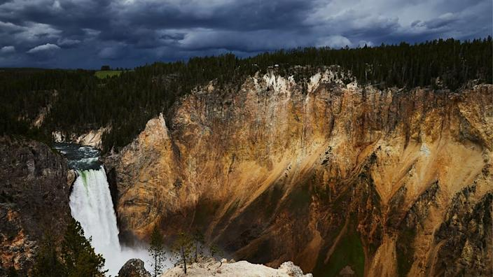 """<div class=""""inline-image__caption""""><p>Yellowstone Falls, a set of two massive waterfalls that drop from the 590,000-year-old Canyon Rheolyte, are 308 feet high — twice that of their more well-known cousin, Niagara. </p></div> <div class=""""inline-image__credit"""">Courtesy of Winston Ross</div>"""