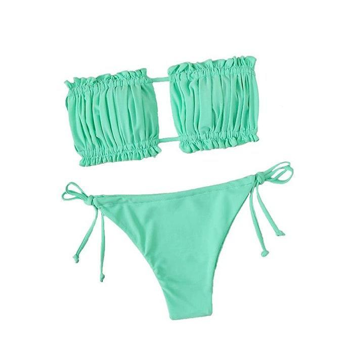 """According to reviewers, while cute, this bikini doesn't give much support. However, if you have smaller breats, this swimsuit just might be the one you were looking for. $20, Amazon. <a href=""""https://www.amazon.com/dp/B08295FXPR?"""" rel=""""nofollow noopener"""" target=""""_blank"""" data-ylk=""""slk:Get it now!"""" class=""""link rapid-noclick-resp"""">Get it now!</a>"""