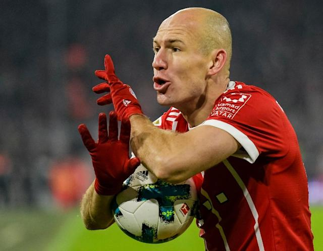Veteran midfielder Arjen Robben has vowed he will not retire if Bayern Munich fail to offer him a contract extension (AFP Photo/Guenter SCHIFFMANN)
