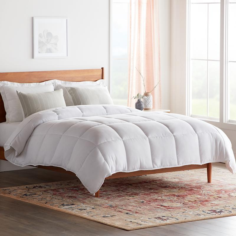 Rest Haven Down Alternative Microfiber Comforter (Credit: Walmart)