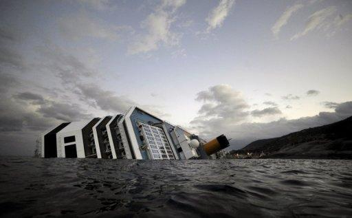 Costa Concordia cruiseship ran aground and keeled over off the Isola del Giglio on Friday