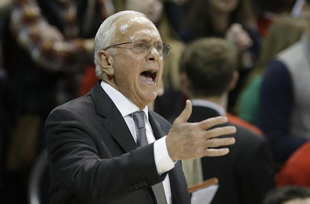 SMU coach Larry Brown yells from the sideline during the first half of an NCAA college basketball game against Cincinnati on Saturday, Feb. 8, 2014, in Dallas. (AP Photo/LM Otero)