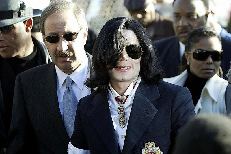 Mark Geragos (left) and Michael Jackson | Hector Mata/AFP/Getty Images