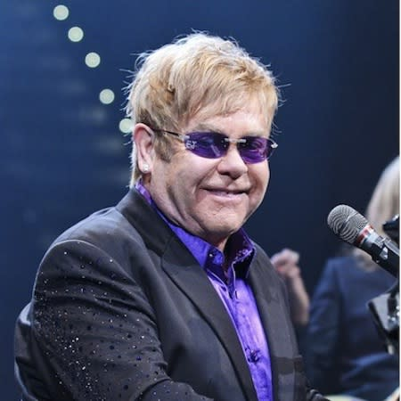 Stars flock to Elton bash