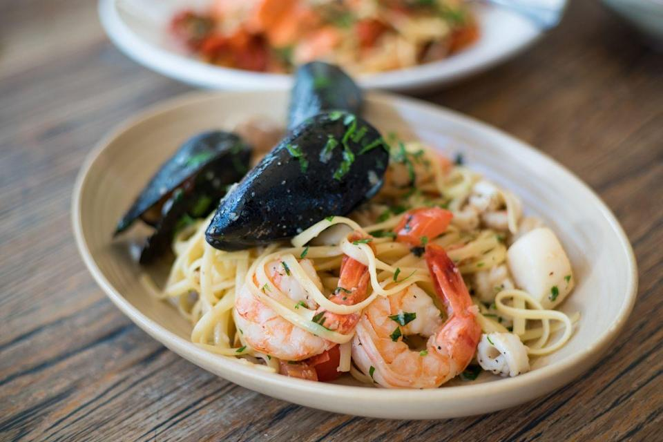 """<p><a href=""""https://www.delish.com/uk/cooking/recipes/a31074422/crab-alfredo-recipe/"""" rel=""""nofollow noopener"""" target=""""_blank"""" data-ylk=""""slk:Linguine"""" class=""""link rapid-noclick-resp"""">Linguine</a> is traditionally served with sauces such as pesto but you also can't beat a <a href=""""https://www.delish.com/uk/cooking/recipes/a30219265/creamy-shrimp-linguine-tomatoes-kale-lemon-zest-recipe/"""" rel=""""nofollow noopener"""" target=""""_blank"""" data-ylk=""""slk:seafood linguine."""" class=""""link rapid-noclick-resp"""">seafood linguine.</a></p>"""