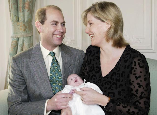 Edward and Sophie with newborn Louise in 2004. (Getty Images)