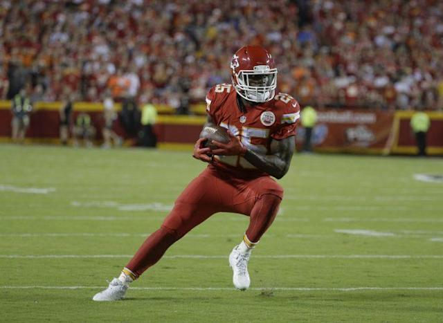 Jamaal Charles has a free-agent visit scheduled with the Broncos. (AP)