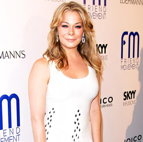 """LeAnn Rimes: """"I'm Far From Pregnant and Just Dropped a Jean Size"""""""