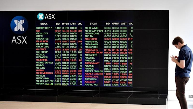 Market gains evaporate after RBA minutes