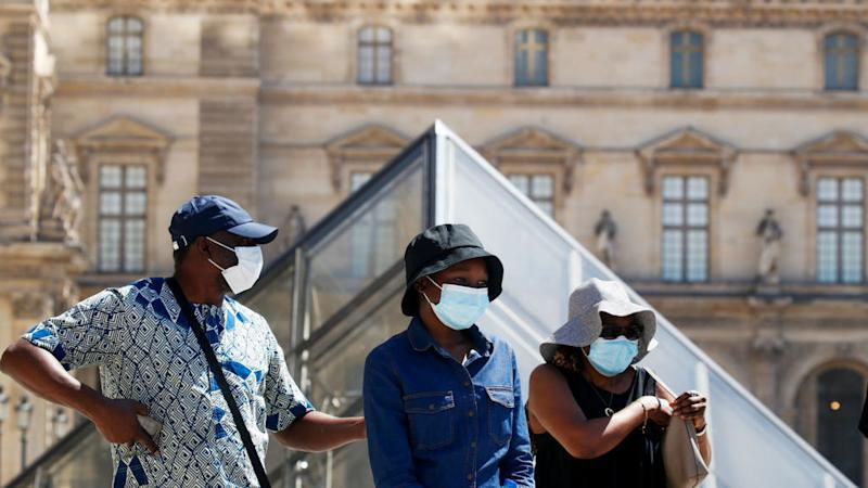 Paris makes masks compulsory in busy outdoors areas from Monday