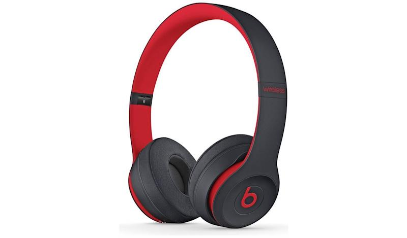 Beats by Dre Solo 3 On-Ear Wireless Headphones Decade Edit (Photo: HuffPost UK)