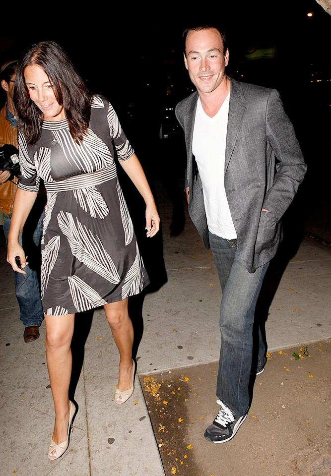 "Ginnifer Goodwin's ex, Chris Klein, arrived with a mystery woman. AlphaX/<a href=""http://www.x17online.com"" target=""new"">X17 Online</a> - June 18, 2009"