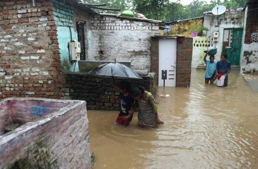 25 found dead as toll from Indian floods nears 120: officials