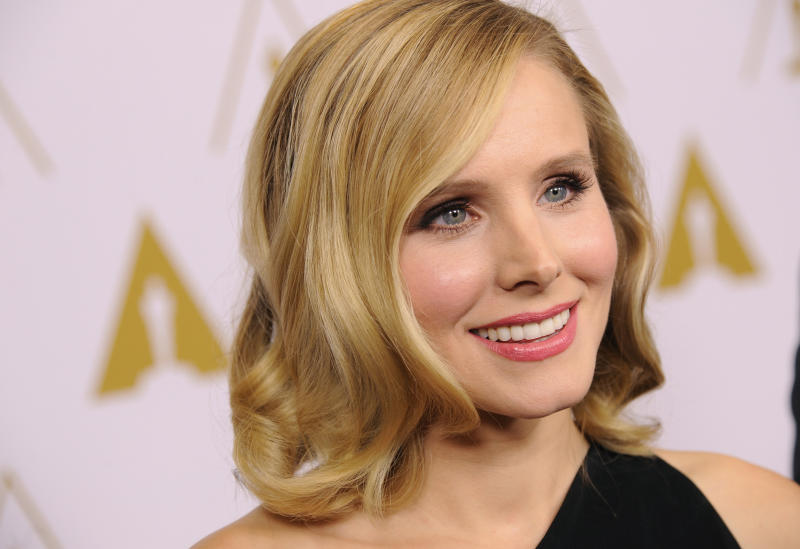 Actress and evening co-host Kristen Bell is interviewed before the Academy of Motion Picture Arts and Sciences' annual Scientific and Technical Awards on Saturday, Feb. 15, 2014, in Beverly Hills, Calif. (Photo by Chris Pizzello/Invision/AP)