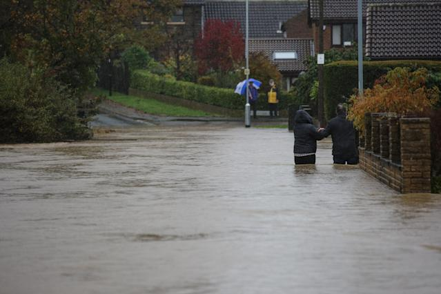 """Sheffield residents are being warned of further downpours overnight - with councillors saying the situation """"will get worse"""" (SWNS)"""