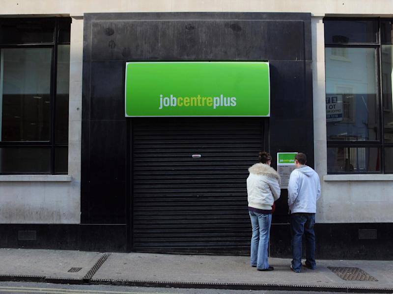 'Flawed algorithm' used to calculate universal credit forcing people into hunger and debt, watchdog warns