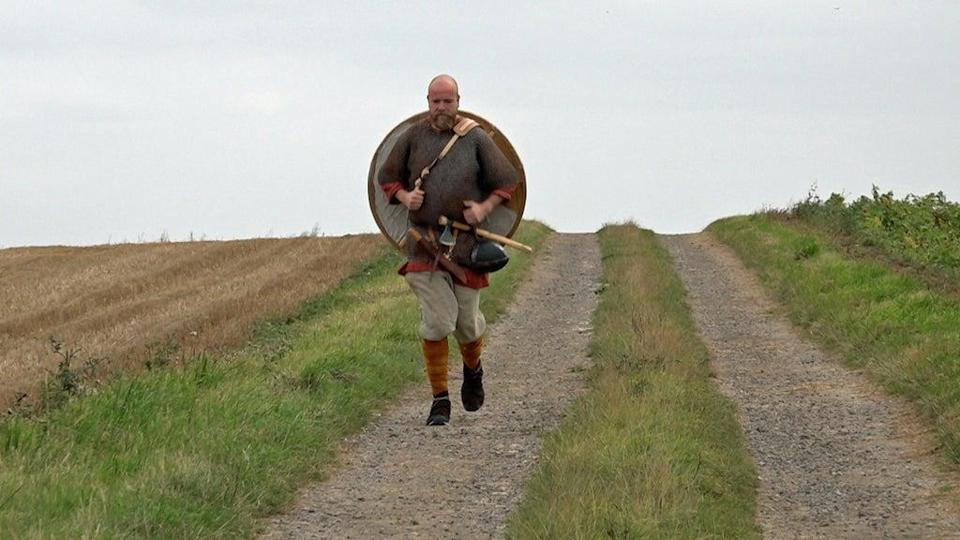 Tom Bell is preparing to run 17 miles in full battle dress (Richard McCarthy/PA) (PA Wire)