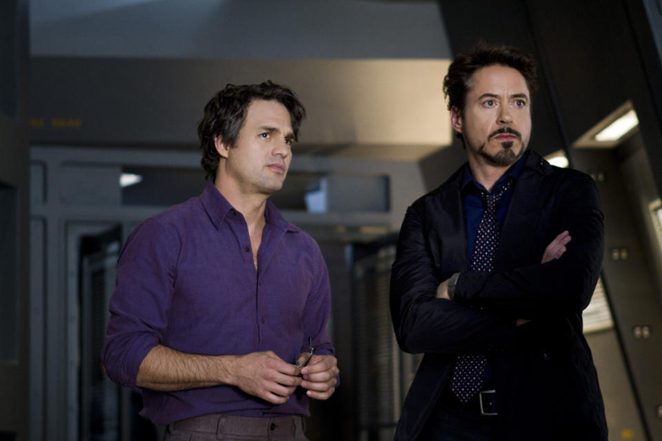 """Mark Ruffalo as Bruce Banner and Robert Downey Jr. as Tony Stark in Marvel's <a href=""""http://movies.yahoo.com/movie/the-avengers-2012/"""" data-ylk=""""slk:The Avengers"""" class=""""link rapid-noclick-resp"""">The Avengers</a> - 2012"""