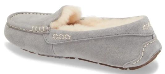 it's the perfect time to snag a new pair of Ugg slippers. (Image via Ugg)