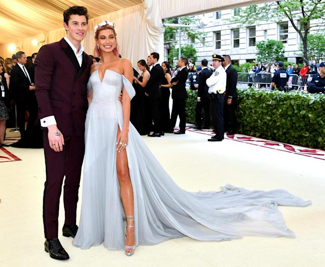 Hailey Baldwin and Shawn Mendes. (Photo: Getty Images)