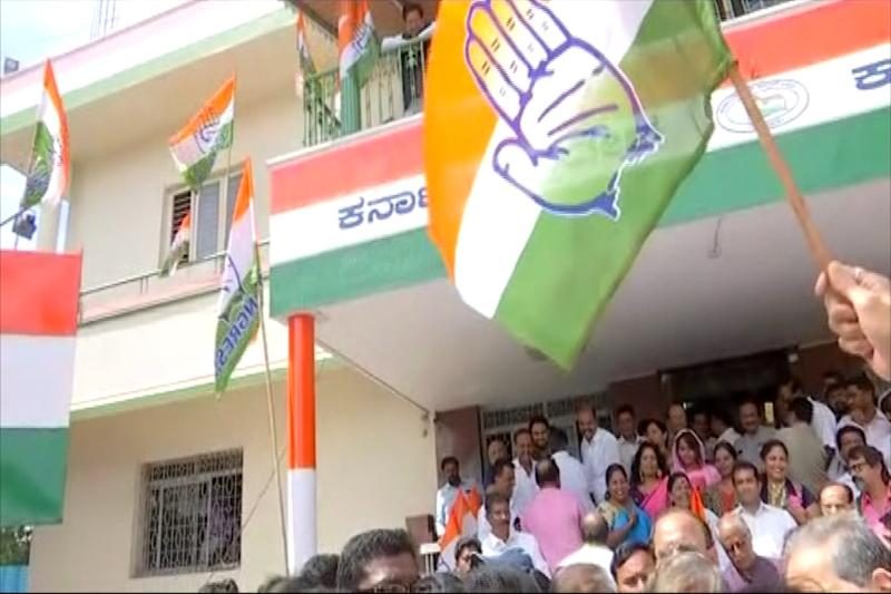 Excluded from Karnataka Cabinet, Congress Leader Says Party Pacifying Those Who Threaten to Quit