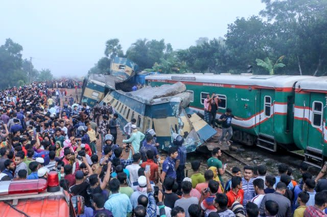 BANGLADESH-TRANSPORT-ACCIDENT