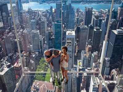 Adventurers will enjoy stepping out into fully transparent glass sky boxes called Levitation that jut out of the building and suspend guests 1,063 feet above Madison Avenue.