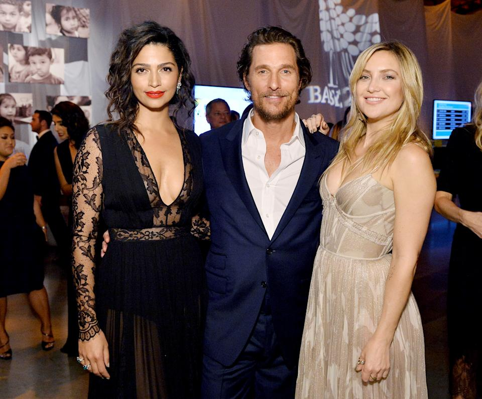 CULVER CITY, CA - NOVEMBER 12:  (L-R)  Model Camila Alves and actors Matthew McConaughey and Kate Hudson attend the Fifth Annual Baby2Baby Gala, Presented By John Paul Mitchell Systems at 3LABS on November 12, 2016 in Culver City, California.  (Photo by Stefanie Keenan/Getty Images for Baby2Baby)