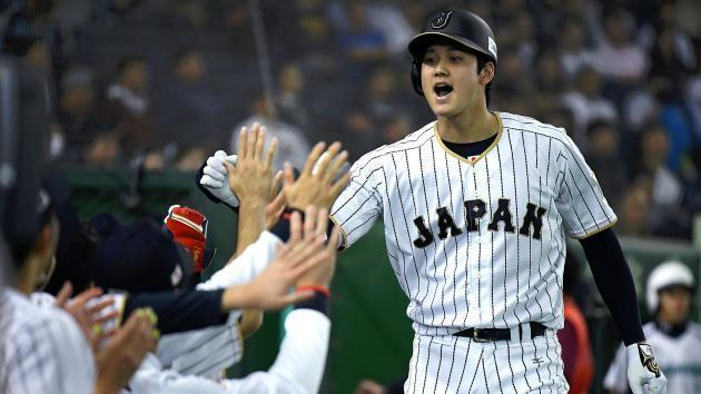 Shohei Ohtani could remain a two-way player if he signs with the Mariners. (AP)