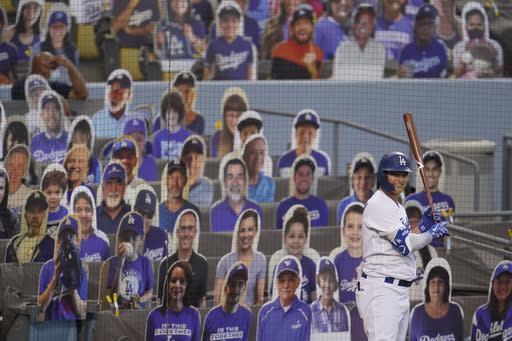 Los Angeles Dodgers' Joc Pederson waits for an at-bat during the second inning of a baseball game against the Seattle Mariners Monday, Aug. 17, 2020, in Los Angeles. (AP Photo/Marcio Jose Sanchez)