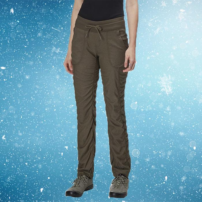 Athletic pants with a great fit and perfect pockets. Sold. (Photo: The North Face)