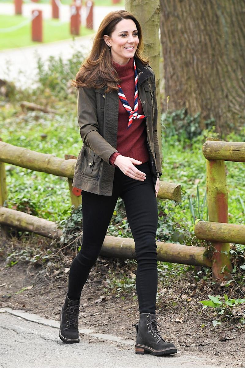 9a60236d23ae How Kate Middleton Wears Black Skinny Jeans and Ankle Boots This ...