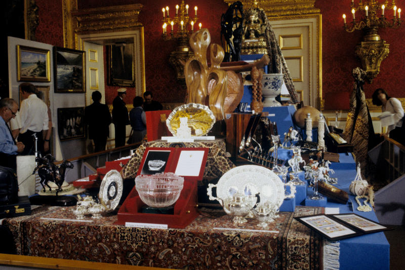 <strong>Wedding gifts for the Prince and Princess of Wales on display in the Throne Room at St James's Palace in London</strong> (PA Archive/PA Images)