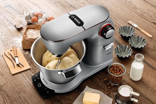 Bosch thinks anyone should be able to cook, so it wants to make things a little easier with its AutoCook multicooker and OptiMum Mixer. The former has a slew of recipes, while the latter has sensors that make it practically impossible to screw up your dish.