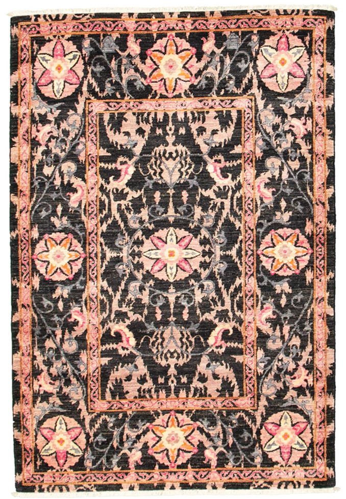 eCarpetGallery Signature Collection Bordered Black Rug (Photo via Amazon)