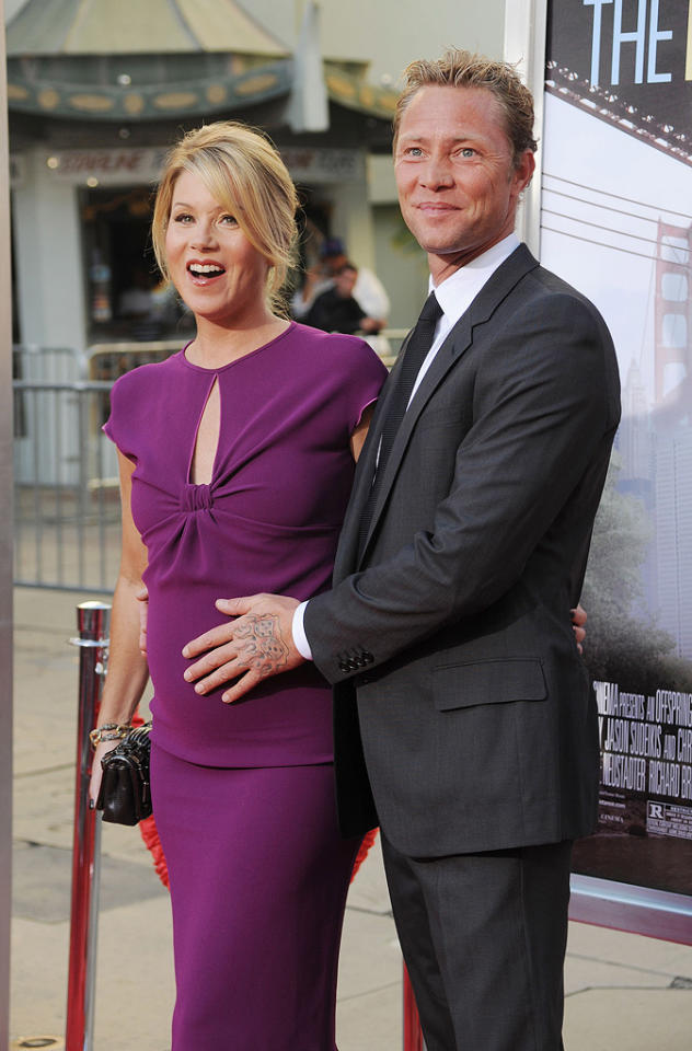 """<a href=""""http://movies.yahoo.com/movie/contributor/1800022673"""">Christina Applegate</a> and <a href=""""http://movies.yahoo.com/movie/contributor/1809214129"""">Martyn LeNoble</a> at the Los Angeles premiere of <a href=""""http://movies.yahoo.com/movie/1810105852/info"""">Going the Distance</a> - 08/23/2010"""
