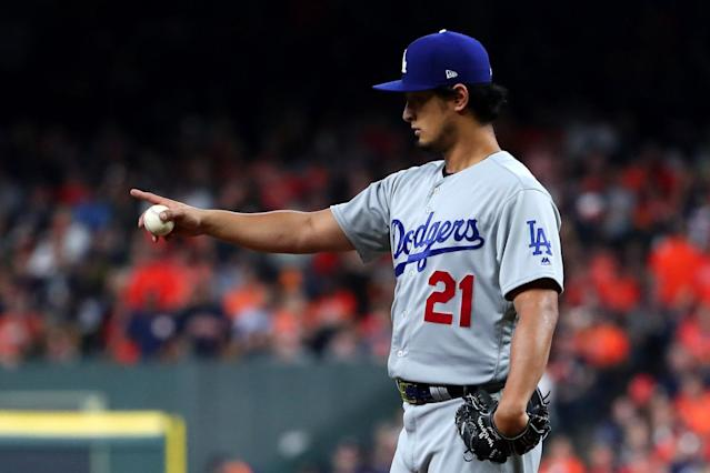 "Is <a class=""link rapid-noclick-resp"" href=""/mlb/players/9095/"" data-ylk=""slk:Yu Darvish"">Yu Darvish</a> going to the Cubs? That's ""fake news,"" he says. (AP)"