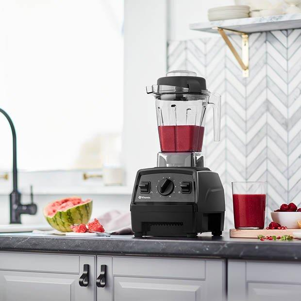 Save 30 percent on this Vitamix blender! (Photo: Amazon)