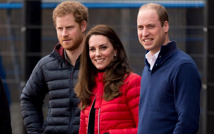 harry The Duke and Duchess of Cambridge with Prince Harry in 2017kate william - Mark Cuthbert/UK Press via Getty Images