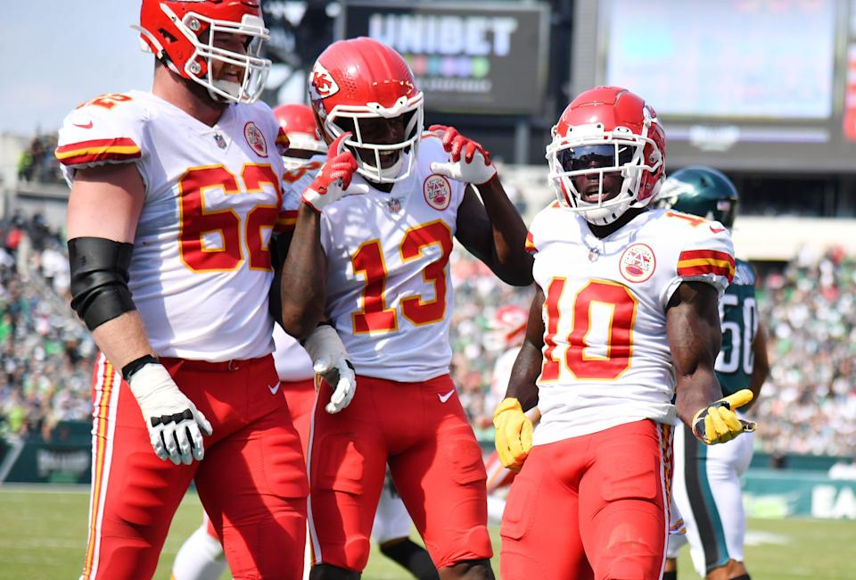 Kansas City Chiefs wide receiver Tyreek Hill (10) celebrates his touchdown catch with teammates against the Philadelphia Eagles during the second quarter at Lincoln Financial Field.
