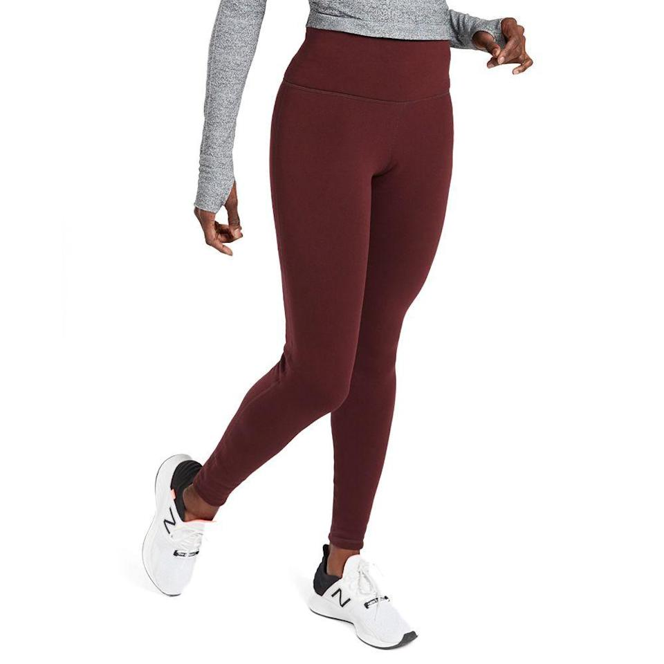 "<p><strong>Athleta</strong></p><p>athleta.gap.com</p><p><strong>$98.00</strong></p><p><a href=""https://go.redirectingat.com?id=74968X1596630&url=https%3A%2F%2Fathleta.gap.com%2Fbrowse%2Fproduct.do%3Fpid%3D486200002%26cid%3D1059481%252CCategoryIDs%253D1059481%26pcid%3D1059481%26vid%3D1%26grid%3Dpds_0_156_1%26cpos%3D0%26cexp%3D1427%26cvar%3D10470%26ctype%3DListing%26cpid%3Dres20010613863383152924190%26irgwc%3D1%26clickid%3DRV%253A1dazGVxyOTIb0OGSitWCIUknWVAReK3WXSc0%26ap%3D6%26tid%3Dataff3640647%26siteID%3Datafcid383280%23pdp-page-content&sref=https%3A%2F%2Fwww.bestproducts.com%2Ffitness%2Fequipment%2Fg362%2Fhealth-and-fitness-gift-ideas%2F"" rel=""nofollow noopener"" target=""_blank"" data-ylk=""slk:Shop Now"" class=""link rapid-noclick-resp"">Shop Now</a></p><p>Whether someone actually wants to run outside in frigid temps or they're just trying to get to and from the gym without freezing their butt off, these high-rise tights with Polartec Power Stretch fabric will keep them warm without making them overheat.</p>"